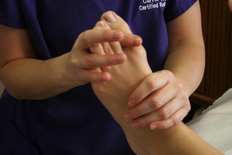أعراض ألم القدم